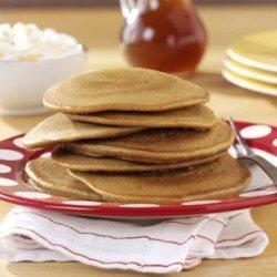 Gingerbread Pancakes with Banana Cream recipe