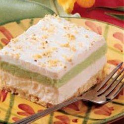 Fluffy Pistachio Dessert recipe
