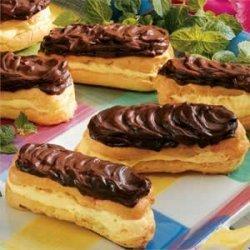 Sugar-free Chocolate Eclairs recipe
