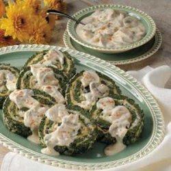 Spinach Spirals with Mushroom Sauce recipe
