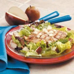 Grilled Chicken and Pear Salad recipe