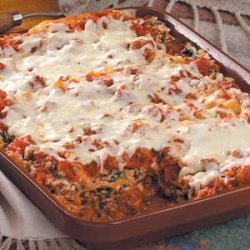 Beef and Spinach Lasagna recipe