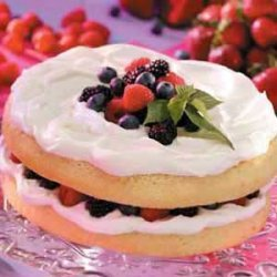 Genoise with Fruit 'n' Cream Filling recipe