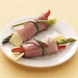 Asparagus Ham Roll-Ups recipe