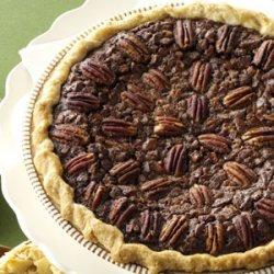 Velvety Chocolate Butter Pecan Pie recipe