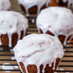 Gingerbread Muffins with Lemon Glaze recipe