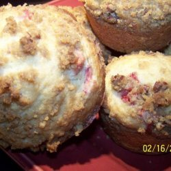 Strawberry Sweetheart Streusel Muffins recipe
