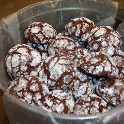 Chocolate Snowflake Cookies (Chocolate Crinkles / Crackles) recipe