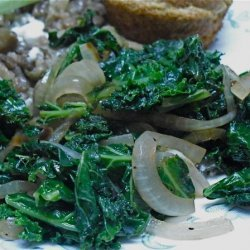 Kale With Caramelized Onions and Garlic recipe