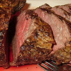 Roast Beef Tenderloin With Red Wine & Shallot Sauce recipe