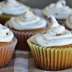 Vegan Golden Vanilla Cupcakes recipe