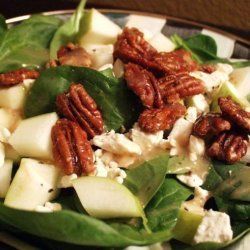 Spinach Salad With Caramelized Pecans recipe