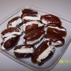 Dates Stuffed with Cream Cheese and Pecans recipe