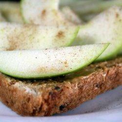 Peanuty Apple Toast recipe