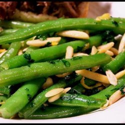 Green Beans With Lemon and Almonds recipe