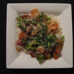 Sweet and Sour Stir-Fry Shrimp With Broccoli and Red Bell Pepper recipe