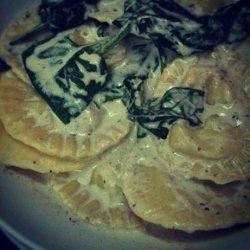 Cyn's Wild Mushroom Ravioli recipe
