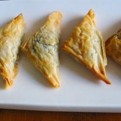 Kittencal's Greek Spinach and Feta Puff Pastry Triangles recipe