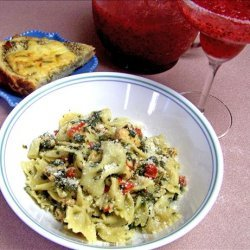 Bow Ties With Chicken and Spinach recipe