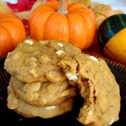 Macadamia Nut White Chip Pumpkin Cookies recipe