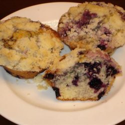 Delicious Blueberry Muffins With Crumb Topping recipe
