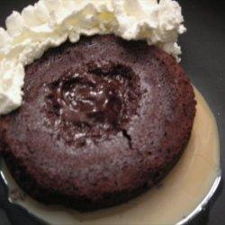 Molten Chocolate Cakes With Irish Cream recipe