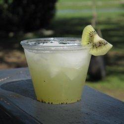 Kiwi Lemonade Spritzer recipe