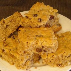 Oatmeal and Raisin Spice Cookie Bars recipe