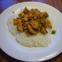 Spicy Thai Peanut Sauce With Chicken and Rice Noodles recipe