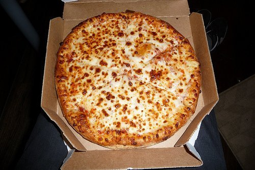 fast food, pizza chain, 14 pizza, cheese topping, regular crust usda Nutrition info