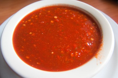 sauce, tomato chili sauce, bottled, with salt usda Nutrition info