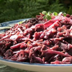 German Rotkohl - Spiced Red Cabbage With Apples and Wine