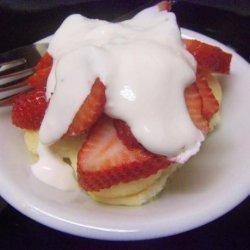 Berries, Lemon Curd Cakes (Rachael Ray)