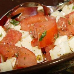 Mozzarella and Tomato Salad With Italian Basil Salad Dressing
