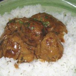 Hungarian Meatballs With Mushroom Gravy