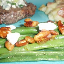 Haricots Verts With Toasted Walnuts and Chevre