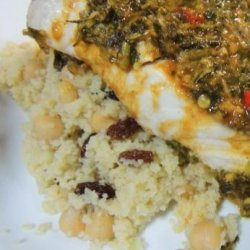 Couscous With Garbanzo Beans and Golden Raisins