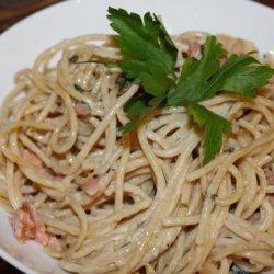 Pasta with Smoked Salmon, White Wine, Cream & Chives