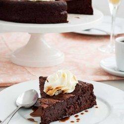 Flourless Chocolate Cake with Caramel Sauce