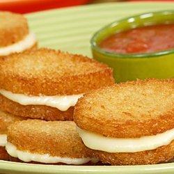 Fried Mozzarella Cheese With Marinara