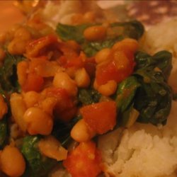 Spiced Butter Bean, Spinach and Tomato Topping for Jacket Potato