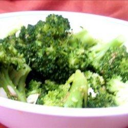 Broccoli With Lemon Garlic Almond Butter