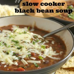 Slow Cooker Veggie Soup