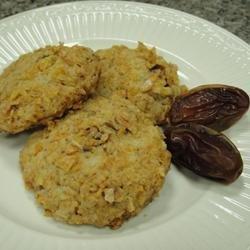 Crunchy Date Rounds recipe