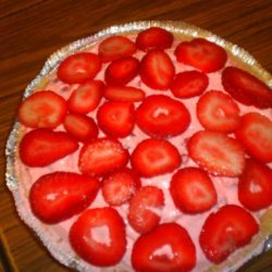 Cool and Easy Strawberry Pie