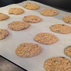 Soft & Chewy Oatmeal Raisin Cookies - Gluten Free