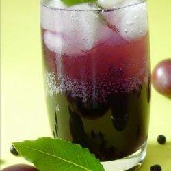 Plum-Blueberry Spritzers