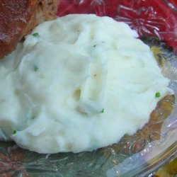Old-Fashioned Garlic Mashed Potatoes