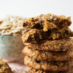 Honey-Chocolate Oatmeal Cookies
