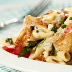 Penne With Grilled Chicken, Gorgonzola, Asparagus and Caramelize